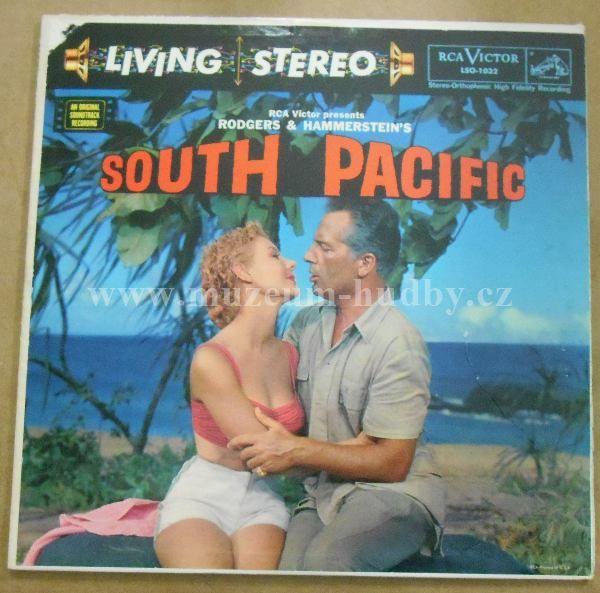 "Rodgers & Hammerstein: Rodgers & Hammerstein – RCA Victor Presents Rodgers & Hammerstein's South Pacific - Vinyl(33"" LP)"