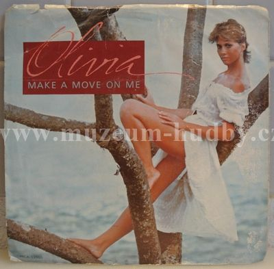 "Olivia Newton-John: Make A Move On Me / Falling - Vinyl(45"" Single)"
