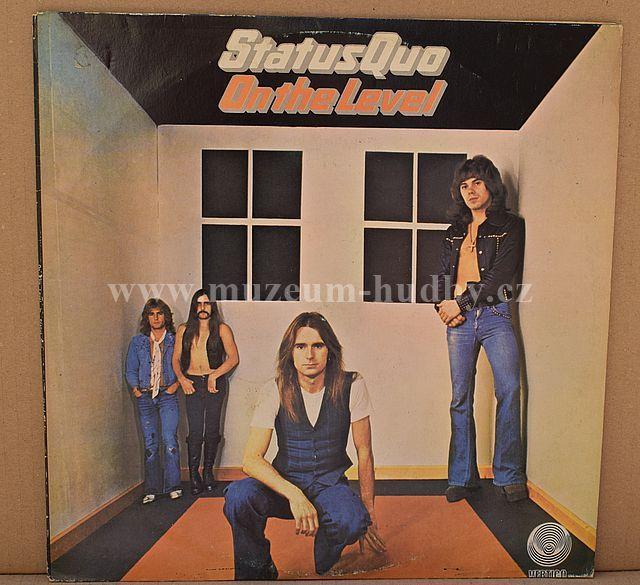 """Status Quo: On The Level - Vinyl(33"""" LP)"""